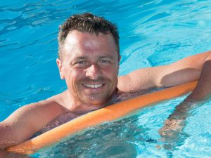 Adult swimming classes